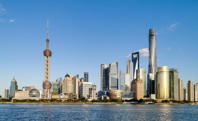 13家世界媒体巨头负责人聚首上海,探讨全媒体时代机遇挑战