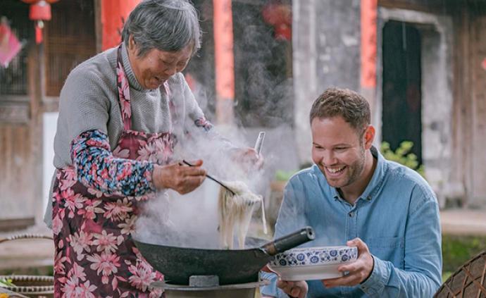"""一個英國廚師在中國尋訪""""奶奶的味道"""""""