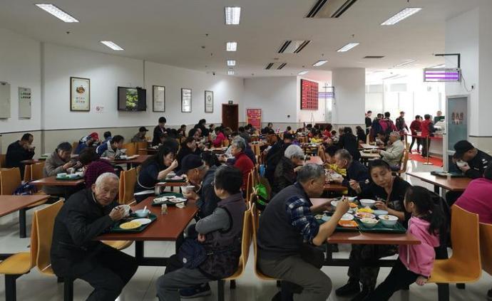 """杭州余杭機關事服中心試水開放""""周末食堂"""":與市民共享資源"""