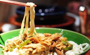 从圣诞到元宵,杭州1面馆持续71天免费请环卫工人吃肉丝面