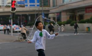 今年上海小学初中入学网上报名,民办小学限报2个志愿