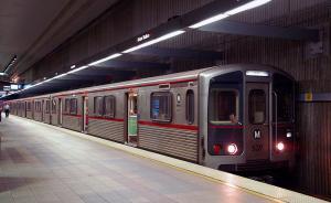 市政厅|论文大焖锅:发展公共交通,对拥堵到底改善多少?