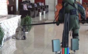 """""""神秘""""男子云南普洱酒店被抓:持5枚手榴弹、枪和子弹百发"""