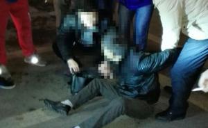 """双腿瘫痪的他足不出户,竟成为南京城南的""""毒贩老大"""""""