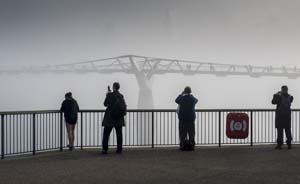 英国连日中重度空气污染,政府发出健康警告