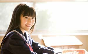 日本少女偶像团体AKB48选冠军,中国粉丝花180万元投票