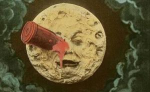 月亮代表谁的心:盘点中外电影的月球美学