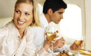 还在忍受难吃的飞机餐吗?其实三万英尺的高空也能愉快吃喝