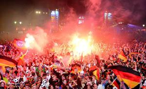 1990--2014,德国冠军轮回背后的标准化足球流水线