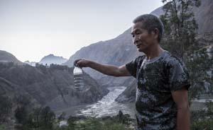 """""""牛奶河""""污染事件后的东川:近5万产业工人失业"""