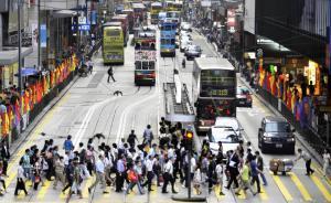 根治闯红灯①|香港:罚款警示无处不在,道路设计便于过马路