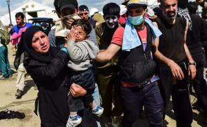 希腊马其顿边境难民冲关遭警方暴力驱散,已滞留超过1万人