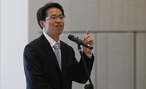 中联办主任:中央要求香港特首爱国天经地义