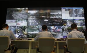 上海多路段整治违法停车,巡逻交警配备牵引车违法就拖