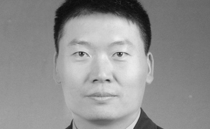 浙江諸暨一民警傳喚嫌疑人時遭暴力反抗,因公犧牲