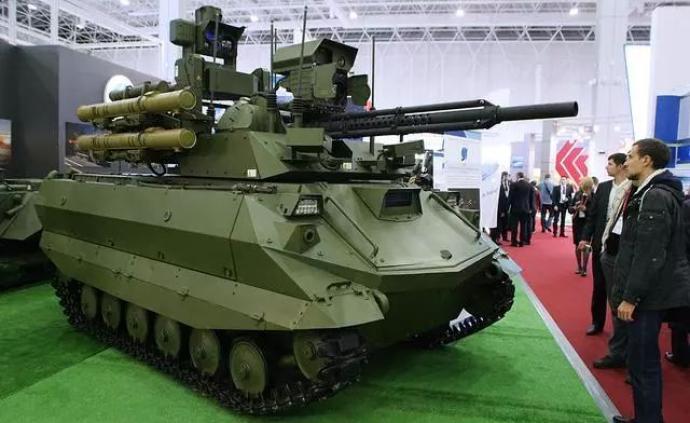 兵韬志略|俄组建战斗机器人部队, 机器人军事竞赛悄然展开