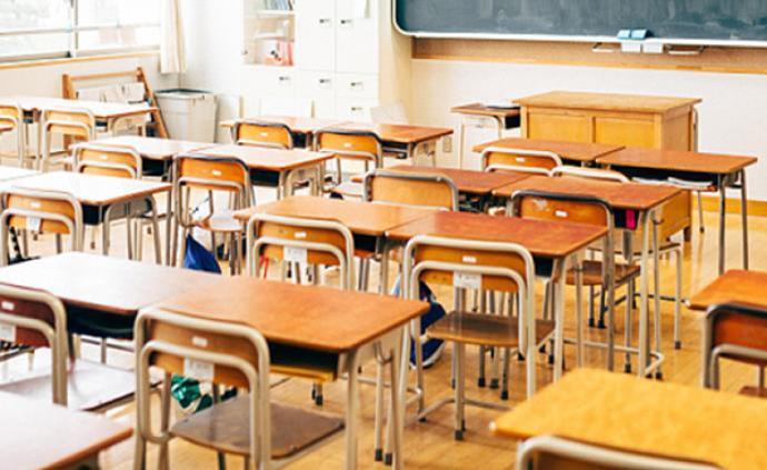 哈尔滨市教育局出新规,教师暗示学生补课将被处分
