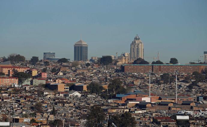 城市中的人类|序篇:向天空、地下及高科技发展