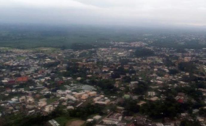 外媒:加蓬首都海港遭海盜襲擊,4名中國船員遭綁架