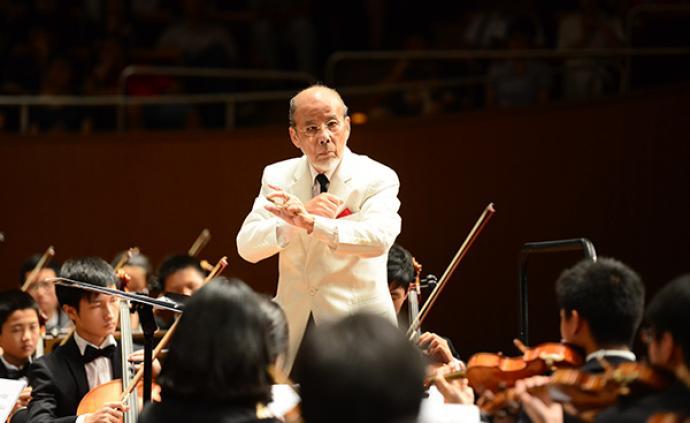 95歲指揮家曹鵬與南洋模范中學學生交響樂團的30年情緣