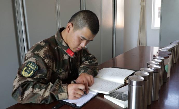 武警李小虎:家中三代從軍,自己二次入伍