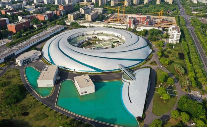 上海市推进科技创新中心建设条例表决通过,5月1日起将施行