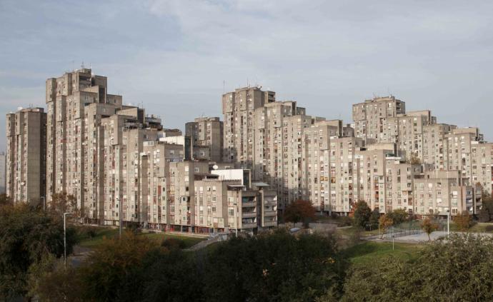 """这些扎根在贝尔格莱德的""""野蛮主义建筑"""""""