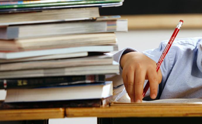 拍图就能搜到寒假作业答案?家长担心影响孩子独立思考能力