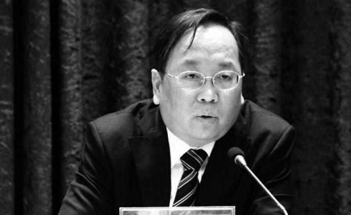 57岁长江财险董事长杨晓波感染肺炎去世,曾任湖北黄石市长
