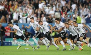 德国破宿命点球淘汰意大利晋级四强,前五轮双方各罚丢3球