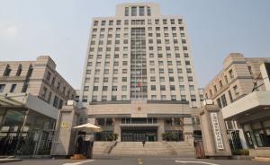 上海一房东跳价毁约拉中介演戏,被判还10万定金再赔29万