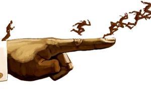中纪委机关报:个别领导干部把下属当家臣、颐指气使以权压人