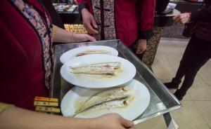 长江将推全面禁捕:刀鱼料理或消失,尝鲜客挤爆老半斋