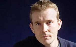 大卫·米切尔《骨钟》出版:能写小说的人工智能?还差得远呢