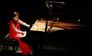 陈洁音乐会《轮·回》:钢琴舞台上刮起新中国风