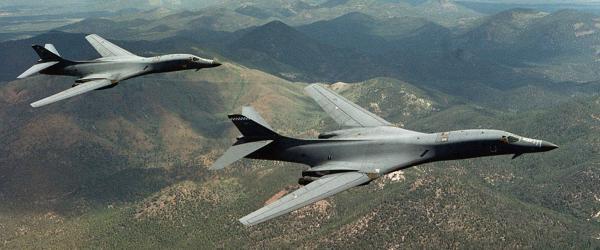 朝中社:美派遣战略轰炸机入韩演习将进一步加大核战争危机