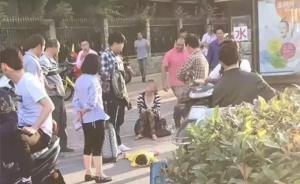 单身母亲杭州脚踩幼女事件结局暖心:找到工作,女儿已上托班