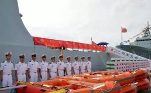 海军编队访问斯里兰卡,捐两千斤米面和10艘橡皮艇支援救灾