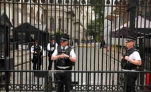 英国人三年来第四次大规模投票正式开始:将选出650名议员
