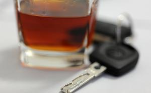 江苏兴化一派出所所长酒后驾无证摩托车酿事故,被立案侦查