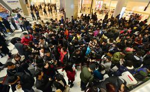 专家谈网红店雇托儿排队:企业被资本绑架后的不健康之举
