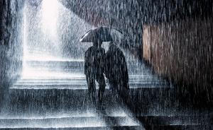 直播录像丨雨在哪里?直击暴雨阴云下的北京晚高峰
