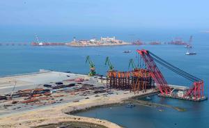 福建超级工程平潭海峡公铁两用桥完成水下工程,进入水面施工
