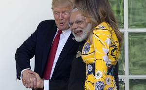 """当地时间2017年6月26日,美国华盛顿,特朗普会见印度总理莫迪时再现""""握手杀"""",青筋暴起谈笑风云。视觉中国 图"""
