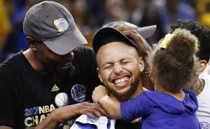 5年2亿美元!库里拿下NBA历史最大合同,詹姆斯推特祝贺