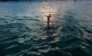 河北邯郸交警:一酒气浓烈驾驶人跳入河中逃避检查,不幸溺亡