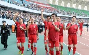 香港明星足球队筹善款五亿,谭咏麟黄日华已为球队付出31年