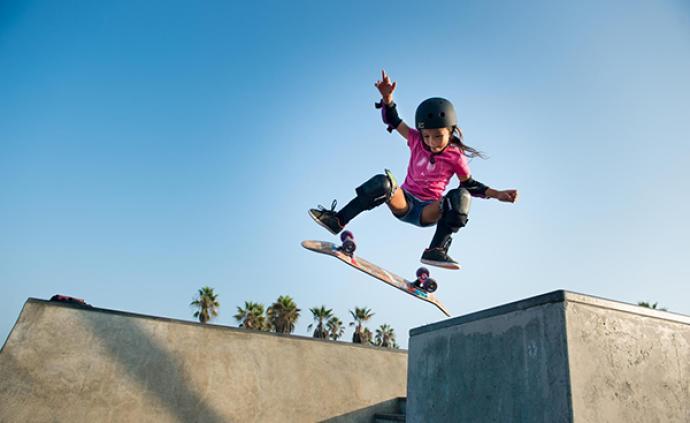 """11岁成为""""流量担当"""",滑板天才少女要参加东京奥运了"""