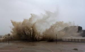 防总:17号台风或24小时内生成,应适时启动应急响应