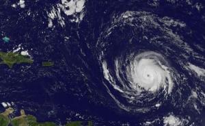 """大西洋飓风""""艾尔玛""""已成80年来五强之一,或致灾难性后果"""
